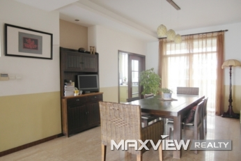 4bedroom 196sqm ¥20,000 SH011571