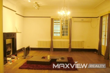Old Apartment on Fenyang Road 1bedroom 150sqm ¥20,000 L01470