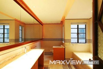 Old Lane House on Jianguo W. Road 4bedroom 300sqm ¥65,000 L00357