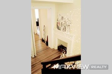 Nanjing West Road2bedroom150sqm¥25,000