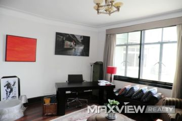 Old Apartment on Hengshan Road 2bedroom 107sqm ¥18,000 L00376