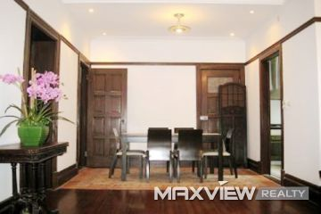 Old Apartment on Nanjing W. Road 2bedroom 134sqm ¥22,000 L00363