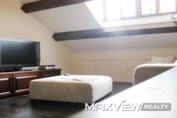 Old Lane House on Zhenning Road 4bedroom 200sqm ¥35,000 L00375