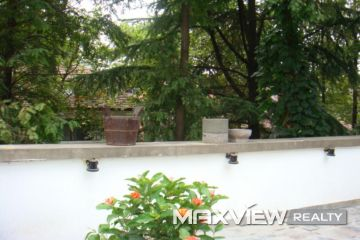 Old Apartment on Yuyuan Road 2bedroom 160sqm ¥30,000 SH006382