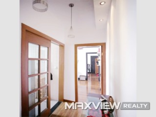Old Apartment on Huaihai M. Road 1bedroom 100sqm ¥18,000 SH000332