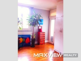 Old Apartmrnt on Julu Road 2bedroom 108sqm ¥22,000 SH010583