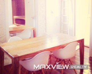 Old Apartment on Weihai Road 2bedroom 100sqm ¥22,000 L00042