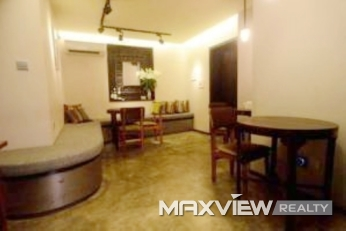 Old Apartment on Yuyuan Road 4bedroom 184sqm ¥30,000 SH013076