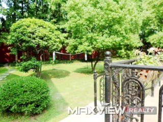 Green Valley Villa   |   绿谷别墅 3bedroom 205sqm ¥46,000 SH009075