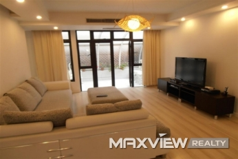 Hongqiao Golf Villa 4bedroom 300sqm ¥33,000 CNV00222