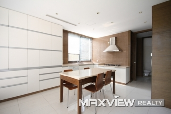 Modern Villa   |   居礼 4bedroom 440sqm ¥65,000 QPV00910