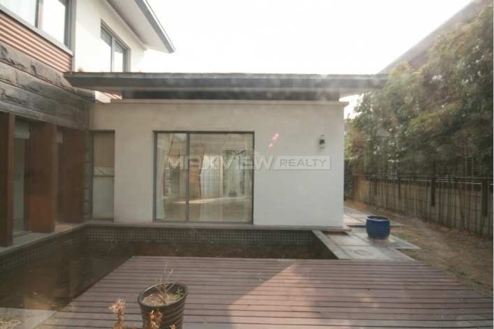Lakeside Ville   |   湖畔佳苑 4bedroom 380sqm ¥45,000 QPV00324