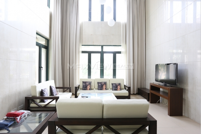 棕榈泉花园4bedroom400sqm¥30,000PDV01773