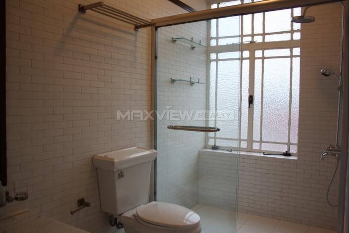 Old Apartment on Xiangyang S. Road 2bedroom 137sqm ¥30,000 SH004297