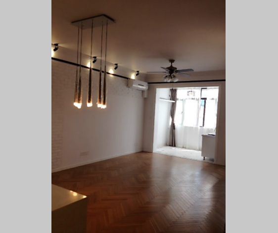 Old Apartment on Huaihai M. Road 3bedroom 150sqm ¥26,000 SH012398