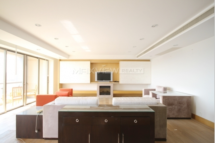 Central Residences Phase II 4bedroom 240sqm ¥61,000 CNA05726