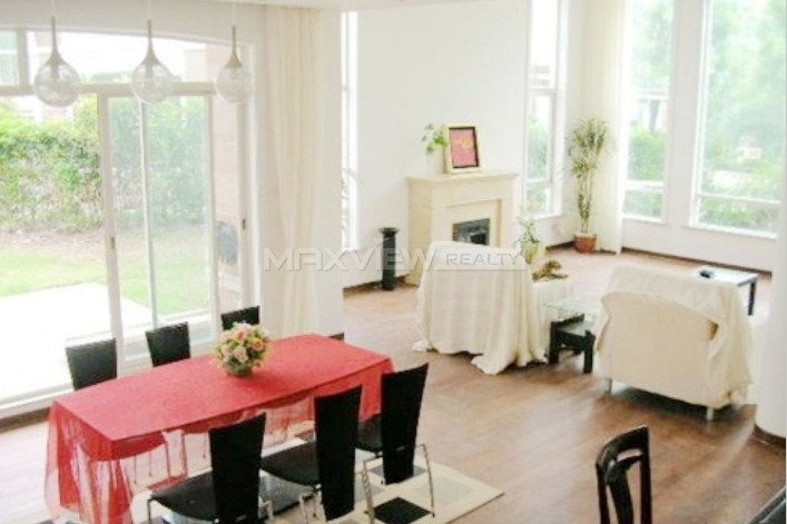 Long Beach Garden Villa 6bedroom 350sqm ¥38,000 QPV00088