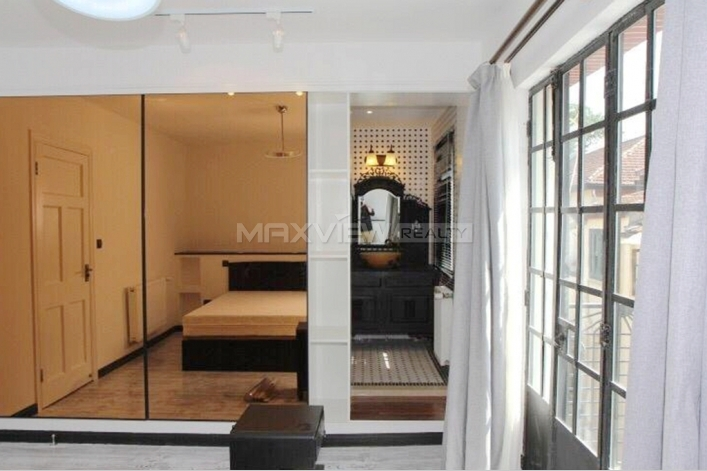 Rent 3br Old Lane House on Xinle Road 3bedroom 136sqm ¥30,000 SH016084