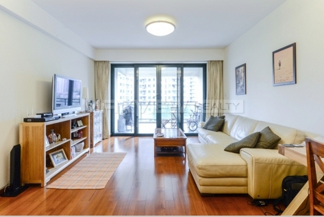 Rent smart 4 brs apartment in Yanlord Garden
