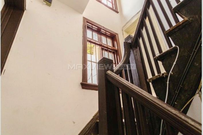 Flawless 1br 70sqm Old Lane House on Julu Road 1bedroom 70sqm ¥20,000 SH016125