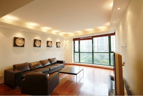 Rent Attractive 4 brs Apartment in Yanlord Garden