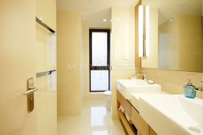 Exquisite 2br 186sqm Lanson Place Rental in Shanghai 2bedroom186sqm¥42,000SH016174