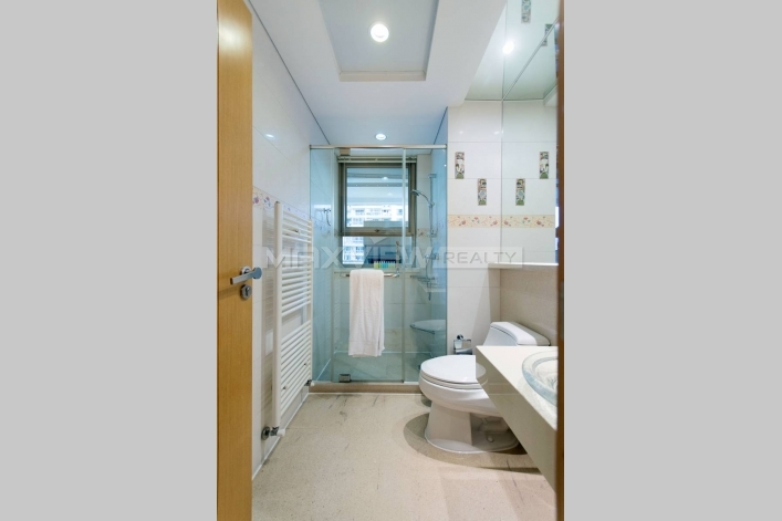 Excellent Apartment in Yanlord Town 4bedroom 199sqm ¥34,000 PDA05981