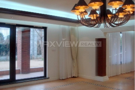 Rent exquisite 800sqm 6br Villa in the Green Hills