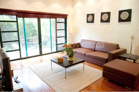 Rent Smart 3brs 150sqm Apartment in Yanlord Garden