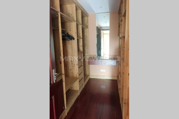 Fantastic unfirnished apartment in Tiziano Villa for rent in shanghai 4bedroom 302sqm ¥30,000 PDV02074
