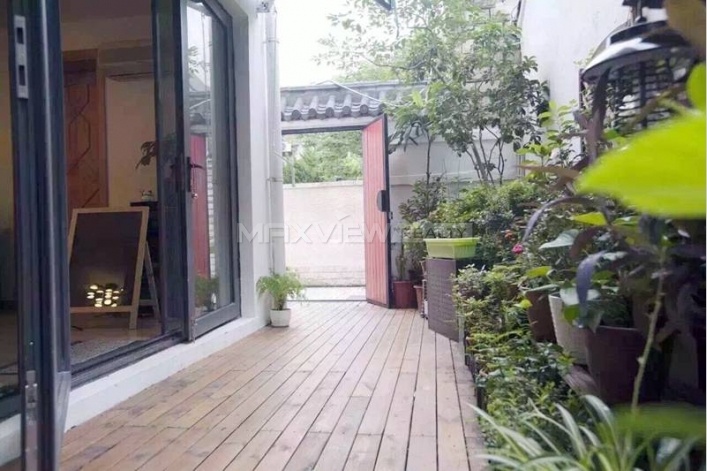 Rent Glamorous Old Apartment on Xinhua Road 3bedroom 140sqm ¥28,000 SH016790