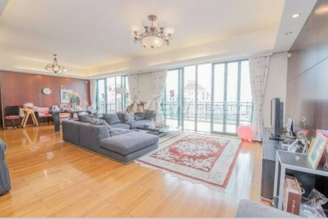 Good sized master apartment Yanlord Riverside Garden shanghai rental