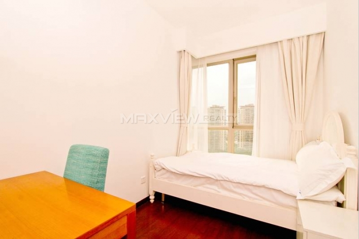 Rent a picturesque apartment in Yanlord Town 3bedroom 161sqm ¥30,000 SH016586