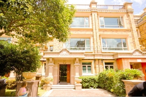 Shanghai houses for rent in Seasons Villa