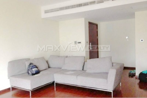 Rent a staggering floors apartment in Yanlord Town