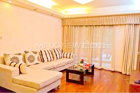 Rent a Sought-after location apartment in Gubei Qiangsheng Garden