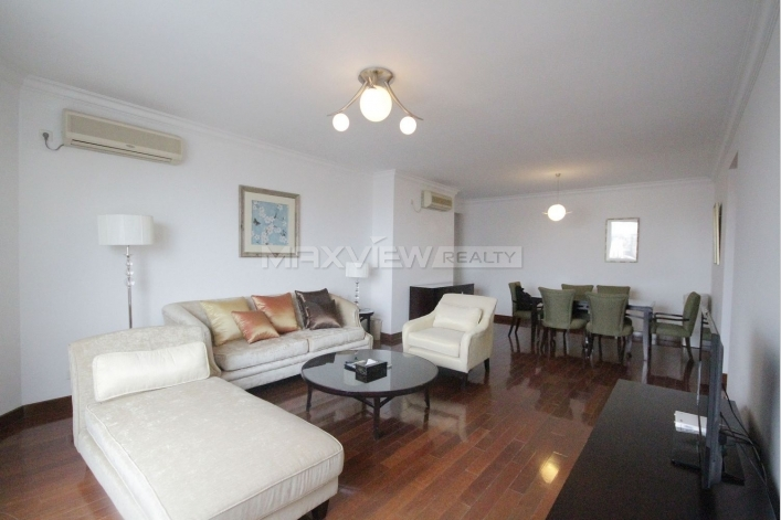 Rent exquisite 137sqm 2br Apartment in Central Residences