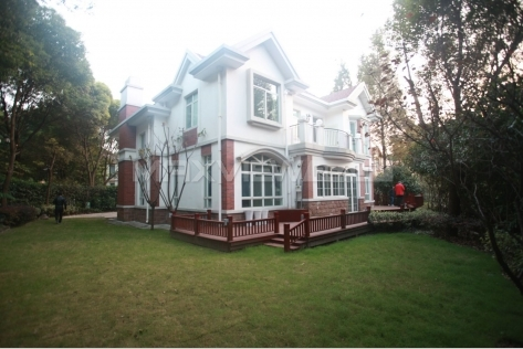 Shanghai houses for rent in Violet Country Villa