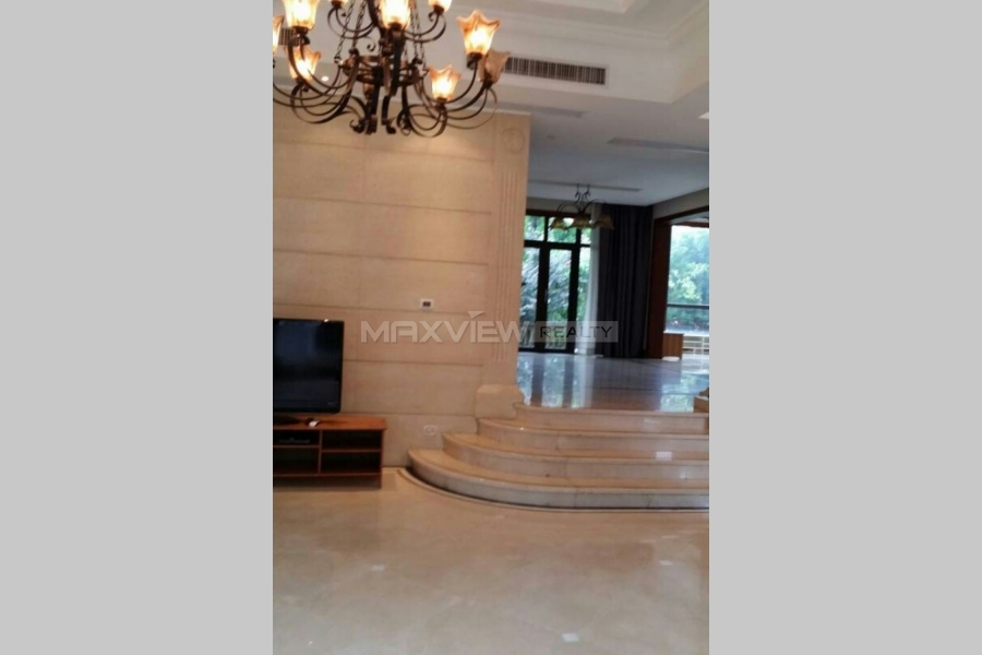 Fantastic unfirnished apartment in Tiziano Villa for rent in shanghai 4bedroom 380sqm ¥50,000 PDV01237