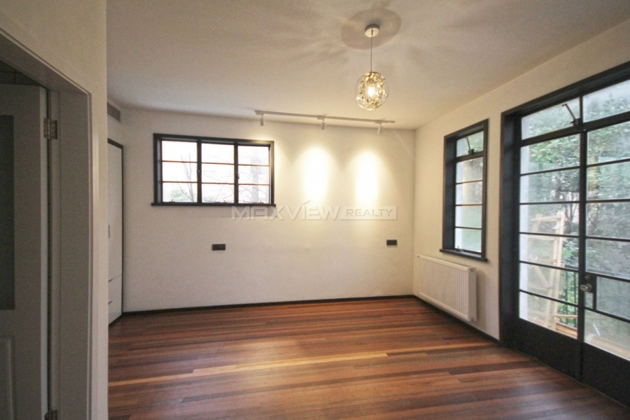 Shanghai house rent on Anting Road 2bedroom 130sqm ¥28,000 SH017016