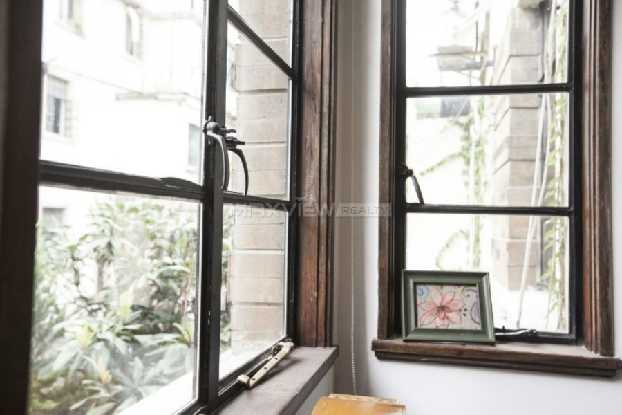 Shanghai houses for rent on Fumin Road 2bedroom 115sqm ¥18,000 SH017077