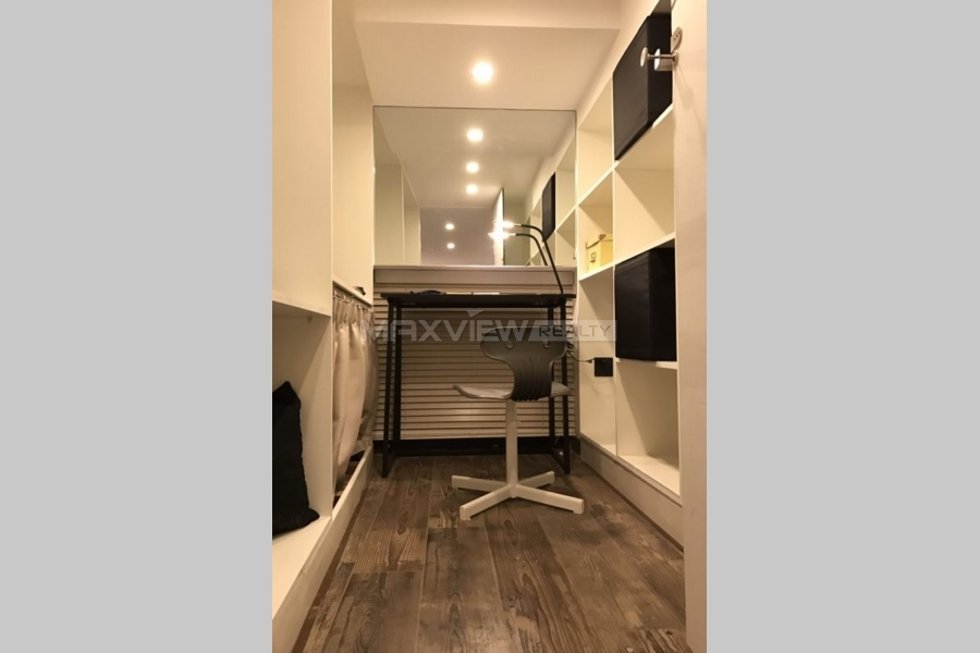 Shanghai house rent on Nanjing W. Road 1bedroom 70sqm ¥16,800 SH017104