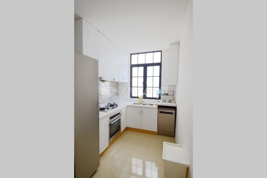 Shanghai property on Huaihai M. Road 3bedroom 120sqm ¥18,000 SH017130