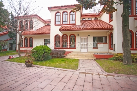 Rent a house in Shanghai at Green Valley Villa