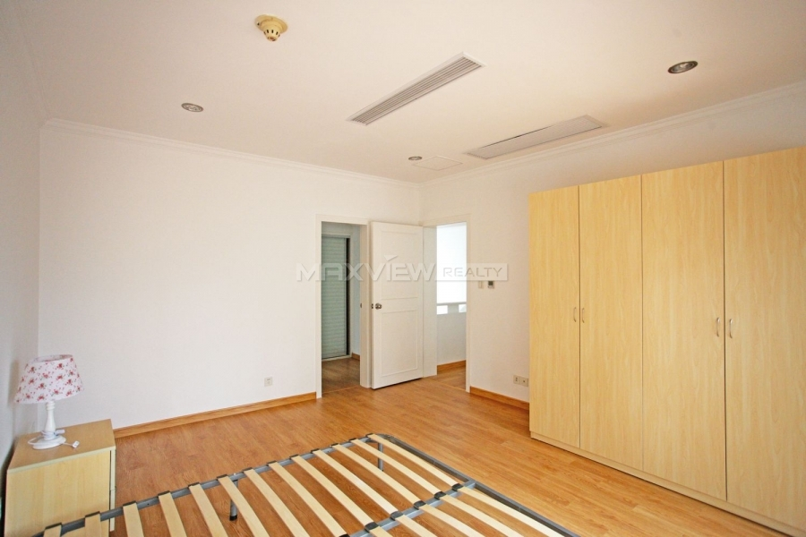 Rent a house in Shanghai at Green Valley Villa 4bedroom 205sqm ¥45,000 SH017157