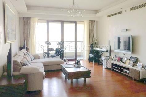 Apartments in Shanghai Lakeville Regency