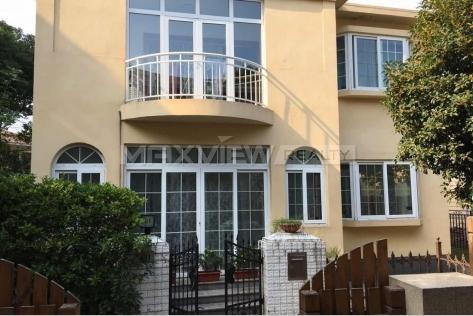 Rent a house in Shanghai Jiushi Western Suburban Garden