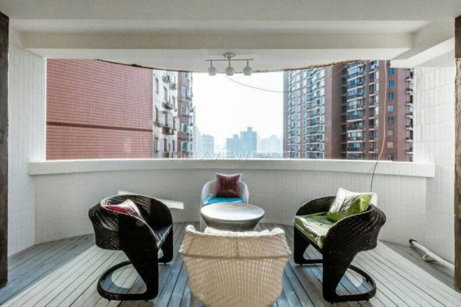 Old Apartment rental Shanghai on Yanqing Road 4bedroom 200sqm ¥26,000 SH017285