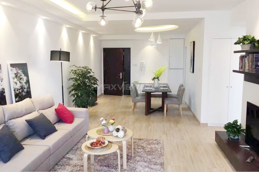 Apartment in Shanghai New Westgate Garden 2bedroom 120sqm ¥20,000 HPA01021