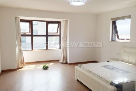Rent a house in Shanghai Modern Villa
